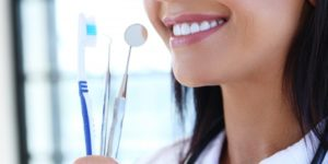 smile dental tools keeping up with your dental hygiene through the quarantine